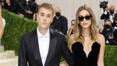 Selena Gomez vuelve a la vida de Justin y Hailey Bieber y ellos no saben dónde meterse