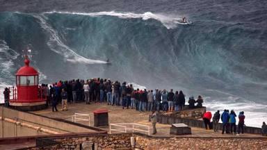 Así son las diez olas más grandes del mundo