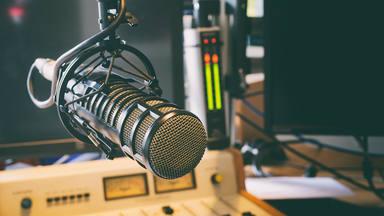 Nuevos locutores y muchos temazos: así es la nueva programación de MegaStarFM