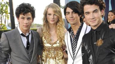 ¡Menudo 'déjà vu'! Taylor Swift podría colaborar con los Jonas Brothers y esto es lo que sabemos