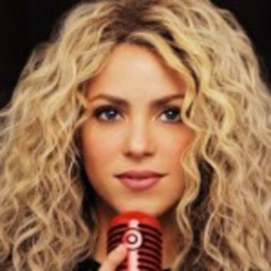 """Shakira deslumbra en su nuevo videoclip """"Empire"""""""