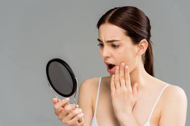 ¿Sabes lo que es el maskné? Mucho cuidado porque podría arruinar la piel de tu cara