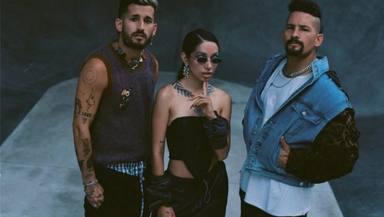 Los hermanos Mau y Ricky se juntan con María Becerra para el lanzamiento de 'Mal Acostumbrao'