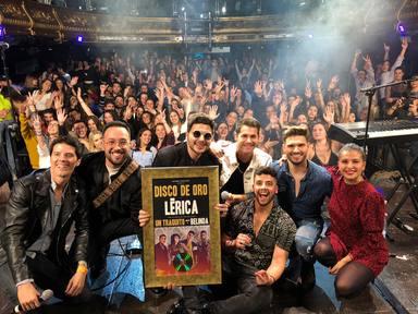 Lérica recibe, por sorpresa, el Disco de Oro en el Fiestazo de MegaStarFM en Madrid