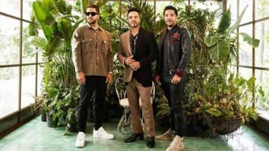 Cali Y El Dandee se reúnen con Luis Fonsi para el lanzamiento de 'Yo No Te Olvido'