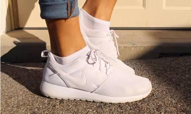 El truco imprescindible para que tus zapatillas vuelvan a estar como nuevas