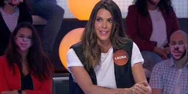 Laura Matamoros le hace una atrevida proposición a un presentador en su visita a 'Pasapalabra'