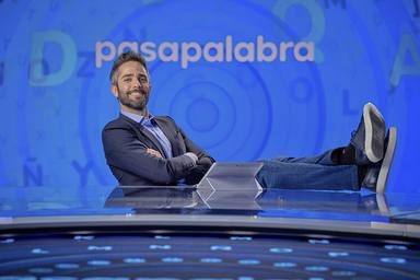 La estrategia oculta de Telecinco para tratar de tumbar el estreno del nuevo 'Pasapalabra' de Roberto Leal