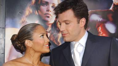 Jennifer Lopez y Ben Affleck sellan su amor con un apasionado beso en un yate