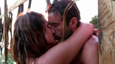 Hugo Sierra e Ivana Icardi besándose en Supervivientes
