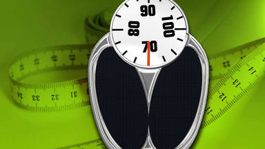 ¿Bajando peso tras la Navidad? Aprende dos claves imprescindibles para usar tu báscula correctamente