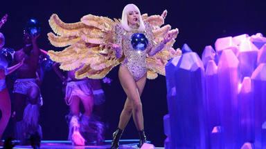 Los fans de Lady Gaga se unen para pedir que saque 'ARTPOP ACT II' ocho años después y ella les responde