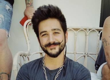 Camilo sigue imparable con su doble Disco de Platino por 'Favorito'