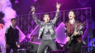 Escucha el nuevo temazo de Jonas Brothers What A Man Gotta Do