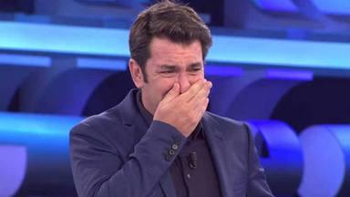 Arturo Valls sufre una gran lección tras preguntar a un concursante qué haría con el premio de Ahora caigo