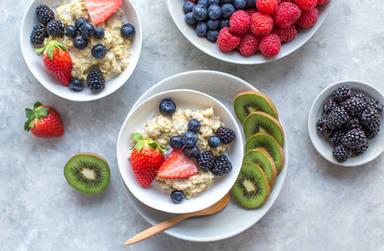 Los cinco alimentos básicos para hacer tu desayuno más saludable