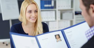¿Quieres encontrar trabajo? Estos son los 5 errores que debes evitar en tu currículum