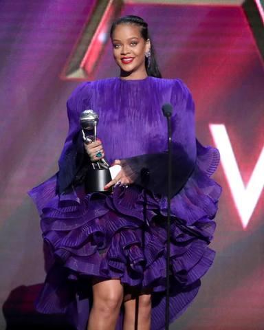 Rihanna sorprende a todos con su discurso en la 51 edición de los Premios NAACP Image Awards