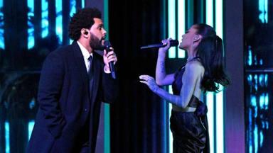 """Ariana Grande reaparece con un anillo de boda y al lado de The Weeknd """"vaya clase y una voz mágica"""""""