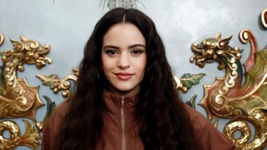 Rosalía sorprende a sus seguidores al presentar por primera vez a su madre en Instagram
