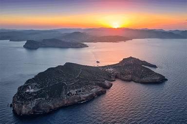 Así es la isla ibicenca que puedes alquilar y que ya han disfrutado Justin Bieber o Cristiano Ronaldo