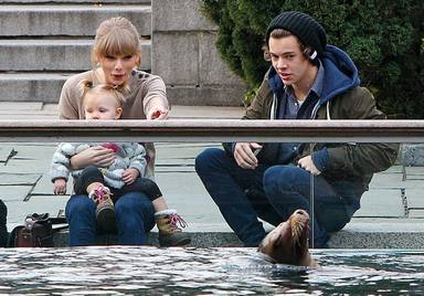 Taylor Swift y Harry Styles en el zoo