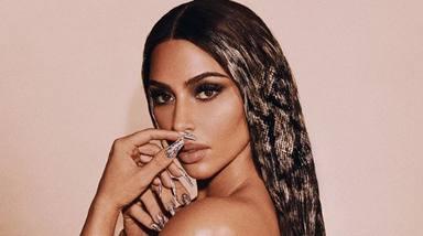 El rompedor 'look' de Kim Kardashian con pelo de serpiente que ha hecho explotar las redes