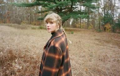 ¡Semana movidita para Taylor Swift! Un parque de atracciones la demanda y ella contraataca