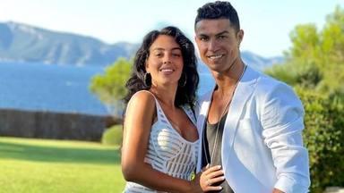 Cristiano Ronaldo y Geogina se muestran felices de volver a vivir en Reino Unido con su familia