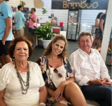 La desolación de Toñi Moreno en el último adiós de Pastora Soler a su padre