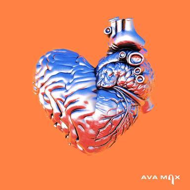 Ava Max estrena el esperado videoclip de 'My Head & My Heart': todo un beat noventero