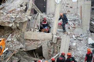 ¿Por qué no podemos anticipar los terremotos?