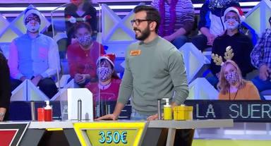 Jorge Fernández hace historia al expulsar por primera vez a un concursante de La ruleta de la suerte