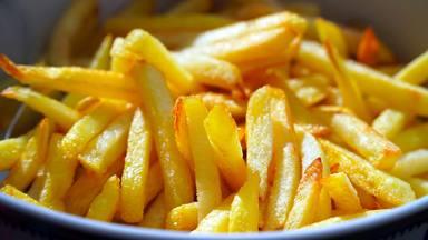 El truco que hay detrás de las patatas fritas muy crujientes y que desconoces por completo